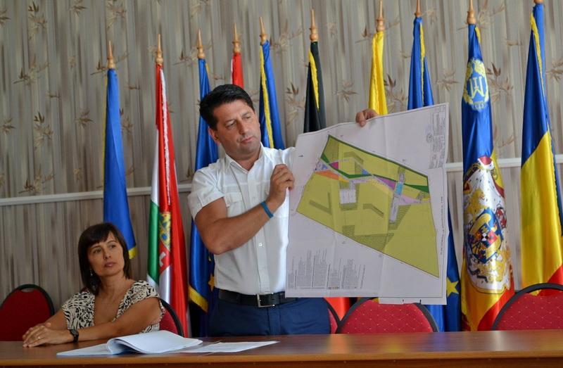 Zonă de agrement pe 5 hectare anunţă primarul oraşului Pecica, Antal Petru