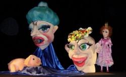 Păpușari arădeni pe scenele a două festivaluri internaționale