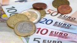 Vești proaste pentru românii cu credite! Euro, la cel mai mare nivel din ultimele şapte săptămâni!