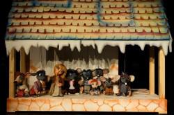 Fetița cu chibrituri, o nouă premieră pe scena Trupei Marionete