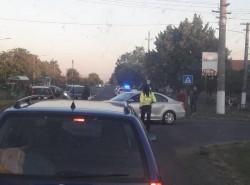 """Biciclist de 75 de ani """"binedispus"""" lovit de un autoturism în cartierul Sânnicolau Mic"""