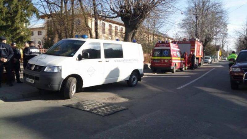 Șase elevi au ajuns de urgență la spital, iar alți 15 au primit îngrijiri medicale