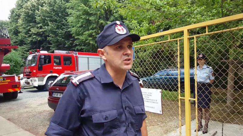 Au fost mobilizați 145 de pompieri arădeni pentru buna desfășurare a Referendumului