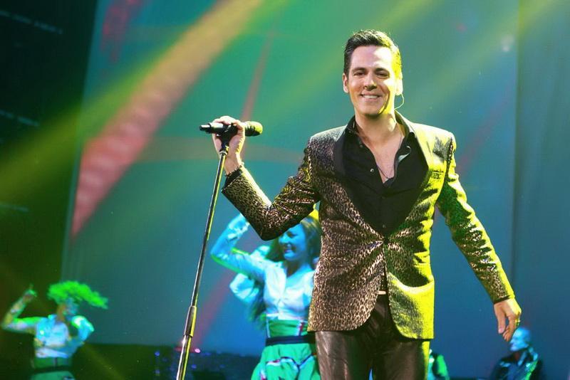 Fanii lui Stefan Bănică Jr. au ocazia să-l vadă în două concerte în aceeaşi zi, atât în Arad cât şi în Timişoara