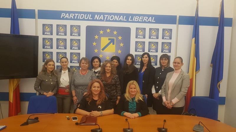 """Geanina Pistru: """" În An Centenar doamnele liberale omagiază sacrificiul înaintașilor"""""""