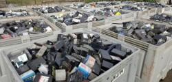 Transport illegal de 8 tone de acumulatori depistat de polițiștii arădeni