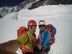 Alpiniștii Sebastian Sbîrcea și Daniel Ianchiș au plecat să cucerească Himalaya