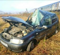 GRAV accident feroviar la Pleșcuța. Intervine elicopterul SMURD