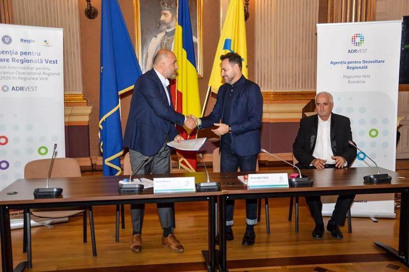 Aproximativ 16 milioane lei va recupera Primăria Arad pentru restaurarea Filarmonicii de Stat Arad din fonduri europene