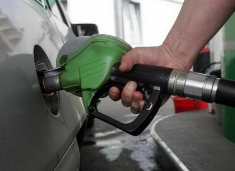 """""""Benzina-rachetă"""", noul tip de combustibil intră în țara noastră"""