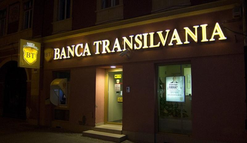 VEȘTI proaste pentru toți clienții Băncii Transilvania