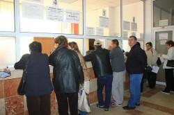 Românii care nu au lucrat în ultimii cinci ani, pot cumpăra vechime potrivit noii modificări în legea pensilor