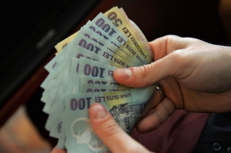 Salariul minim brut se majorează de la 1 ianuarie 2019. Vezi ce condiţii trebuie să îndeplineşti