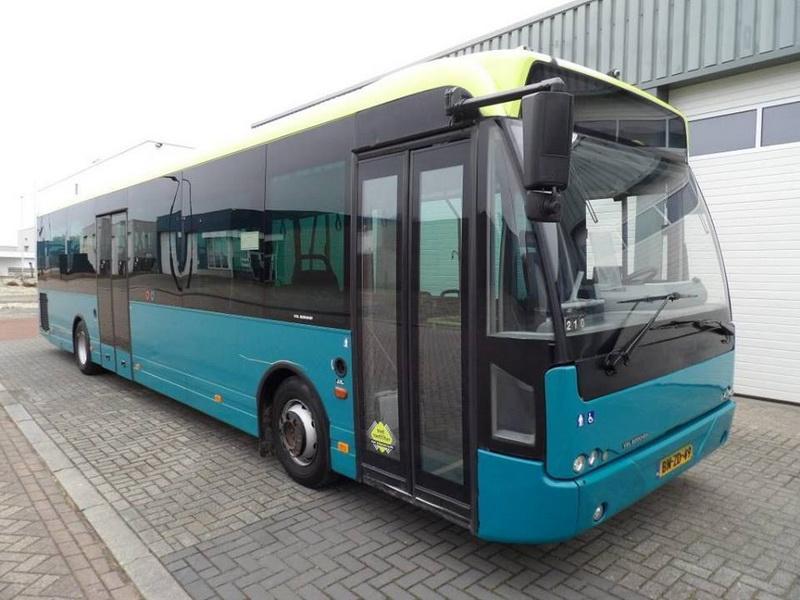 Consiliul Județean a cumpărat autobuze pentru rutele Susan-Sebiș, Hălmagiu-Gurahonț, Târnova-Ineu