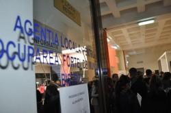 Subvenţii lunare de 2.250 lei pentru angajatorii care încadrează în muncă șomeri