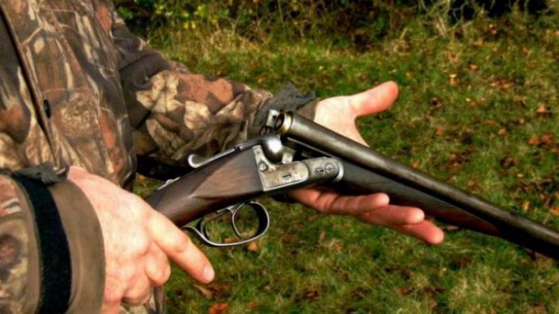Doi arădeni prinşi pe un fond de vânătoare din Archiș fără autorizaţie de vânătoare