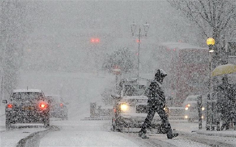 Cod galben de ninsoare și viscol în Arad şi alte 13 judeţe