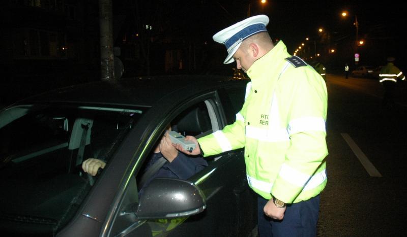Cercetați de polițiștii arădeni pentru infracțiuni rutiere
