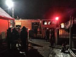Un scurtcircuit electric a provocat un incendiu la o casă din Zăbrani