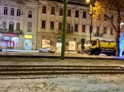 Ninge din nou în Arad. Firma responsabilă operează cu 7 utilaje în Municipiu