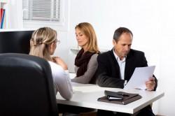 AFLĂ Cum poți obține concediu pe un an și bani lunar