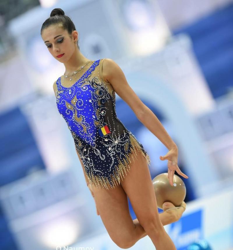 Gimnasta Sonia Ichim s-a întors de la Turneul Internațional care s-a desfășurat la Budapesta cu Medalie de Argint în finala de la minge