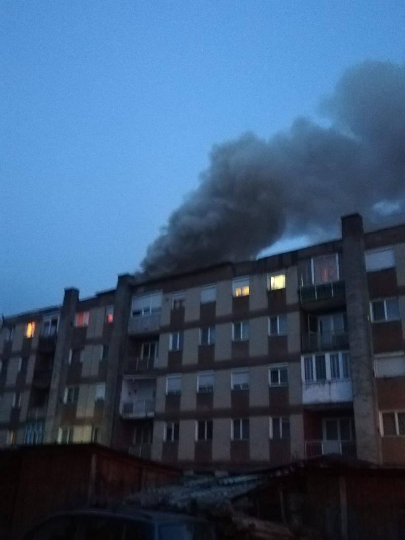 O improvizație la coșul de fum putea provoca o adevărată tragedie la Sebiș