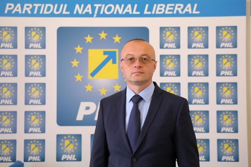 """Dorin Stanca: """"Întoarceţi-vă cu faţa către antreprenorul român !"""""""