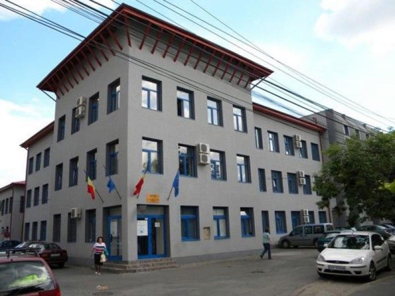 7.1 km de artere apă potabilă noi în zona centrală din Arad