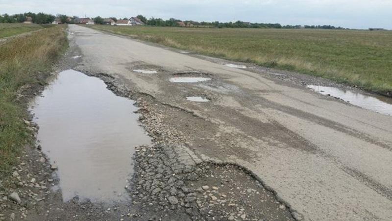 Guvernul a refuzat de două ori modernizarea drumului Gurahonţ-Buteni!