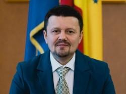 """Ionel Bulbuc(PNL): """"Fifor, sclavul insipid al lui Dragnea nu știe nici măcar să citească un buget, dar a fost ministru al Economiei!"""""""