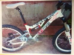 Polițiștii au prins un hoț care a furat o bicicletă anul trecut, în valoare de 6.000 lei