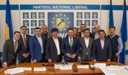 """Gheorghe Falcă : """"Dăm startul campaniei de strângere de semnături pentru alegerile europarlamentare!"""""""
