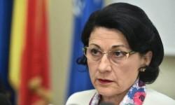 Ecaterina Andronescu vrea să facă o NOUĂ schimbare importantă în școli