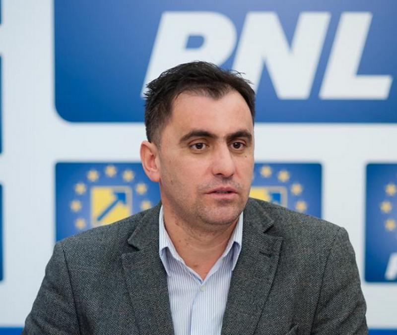 """Ioan Cristina: """"Autorităţile publice locale sunt jefuite şi lăsate fără resurse financiare necesare dezvoltării"""""""