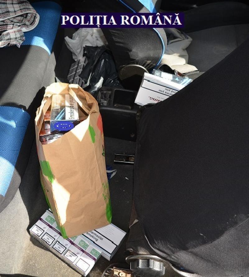 Polițiștii arădeni au luat cu asalt Piața Fortuna din Arad unde au prins un bărbat ce vindea țigări direct din mașină
