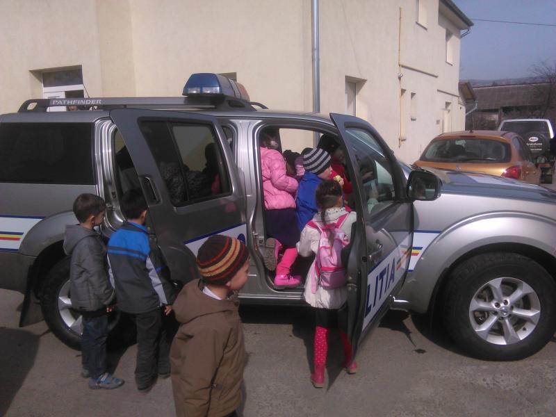 Arădenii sunt așteptați la Porți Deschise de ZIUA POLIȚIEI