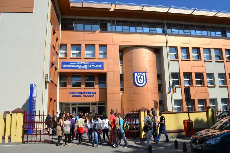 """Pregătire gratuită pentru Bacalaureat la Universitatea """"Aurel Vlaicu"""" din Arad"""