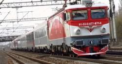 Două trenuri au deraiat sâmbătă în doar câteva ore, în timp ce directorul CFR dormea