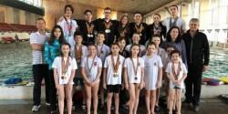 Înotătorii pregătesc sezonul, cucerind noi medalii