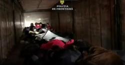 Treizeci şi patru de cetățeni străini, ascunși printre cutii cu vopsea într-un automarfar, depistaţi la P.T.F. Nădlac II
