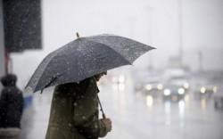 Alertă METEO! Avertizări NOWCASTING de ploi și vânt puternic în întreaga țara