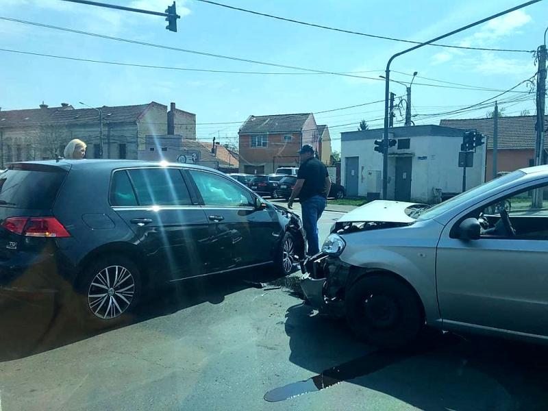 Graba din trafic a produs un accident rutier, pe Andrei Șaguna