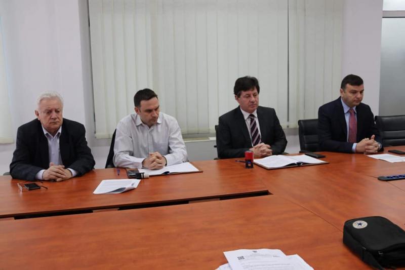 S-a semnat contractul pentru modernizarea drumului județean Bârsa-Moneasa-limită județ Bihor