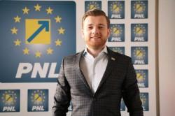 """Bogdan Faur : """"Tinerii reprezentaţi de vlogerul Selly trebuie luaţi în seamă!"""""""