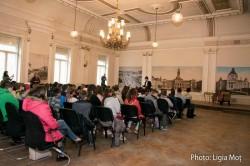 Peste 750 de elevi arădeni interesați de istoria locală, primiți de Consiliul Județean