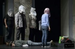 """Teatrul Clasic """"Ioan Slavici"""" prezintă Exit la Bruxelles, în 24 și 25 aprilie"""