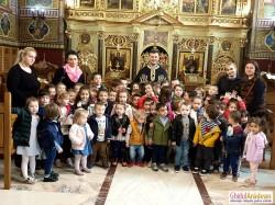 Preotul Oneț Bogdan i-a împărtășit pe micuții de la Grădinița Bambi din Arad