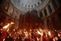 S-a aprins Lumina Sfântă, la Ierusalim!