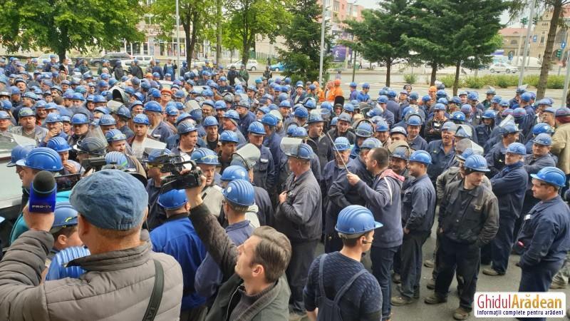 A doua zi de grevă la Astra Rail Industries